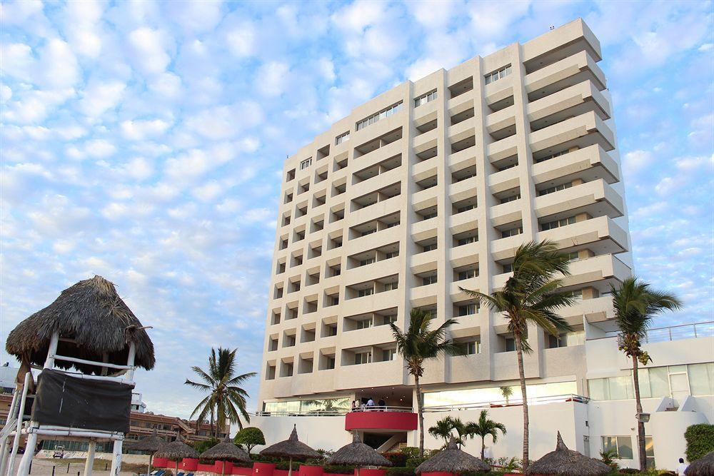 https://imacoponline.com/1-sistema/galeria/panoramicas/8618953499289686849Panoramica-Hotel-PANORAMICA.jpg